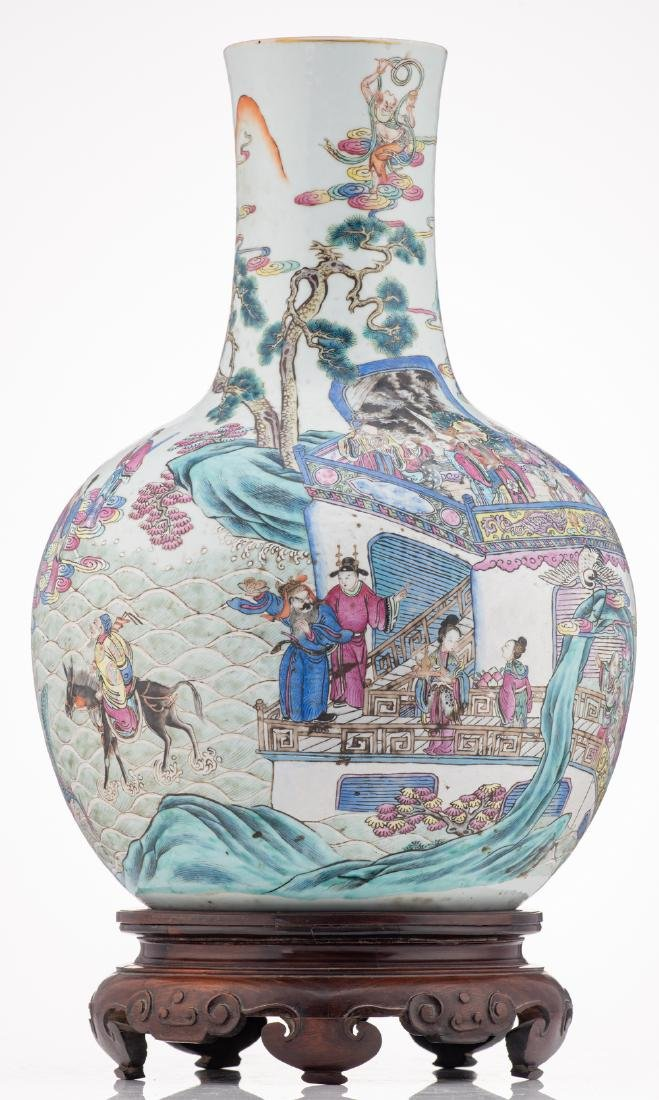 A Chinese famille rose bottle vase, decorated with - 3