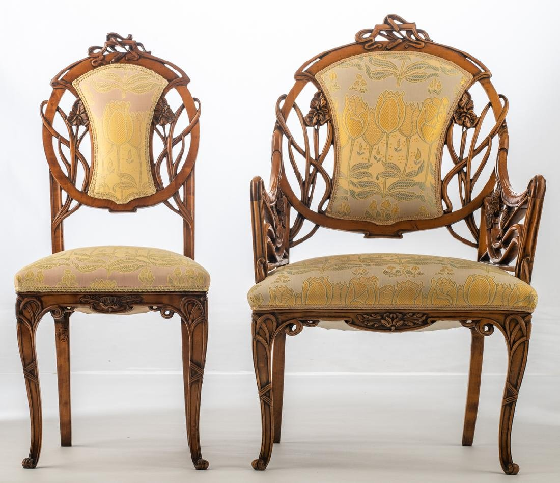 An Art Nouveau style walnut chair and armchair, H 93,5 - 2