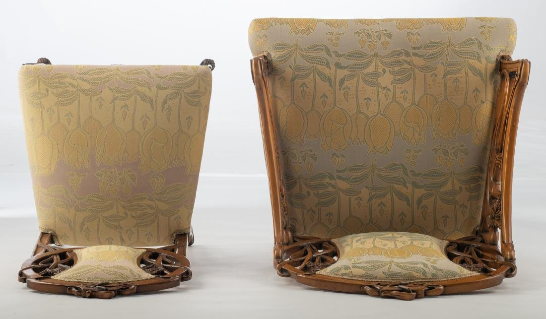 An Art Nouveau style walnut chair and armchair, H 93,5 - 6