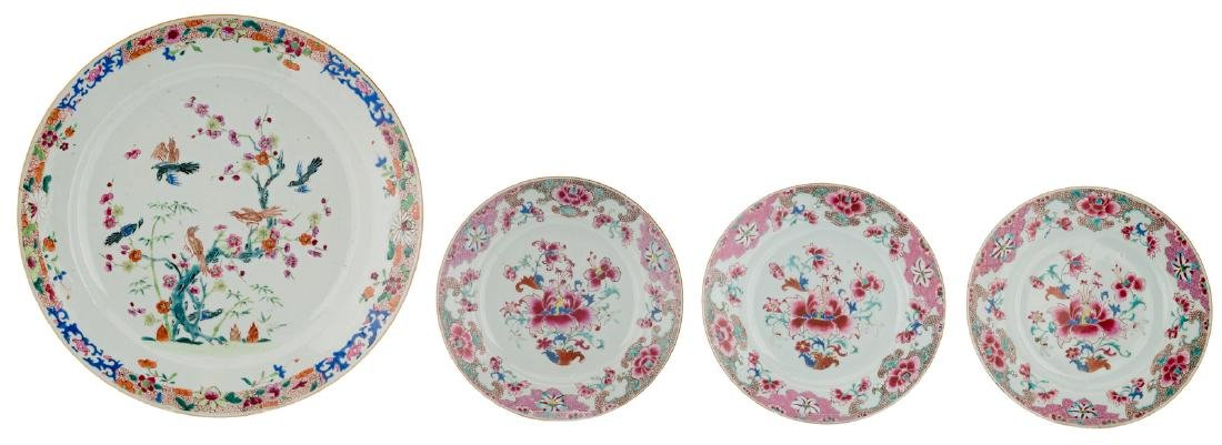 A Chinese famille rose export porcelain plate,