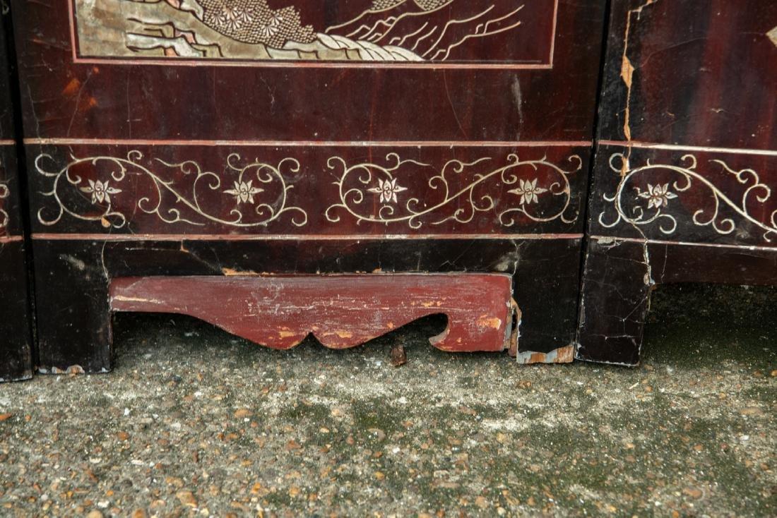A Qing dynasty twelve panel coromandel lacquer screen - 7