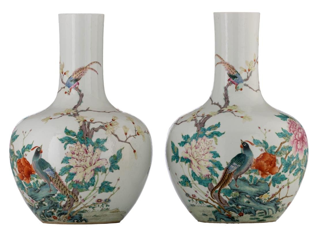A pair of Chinese famille rose tianqiuping vases,