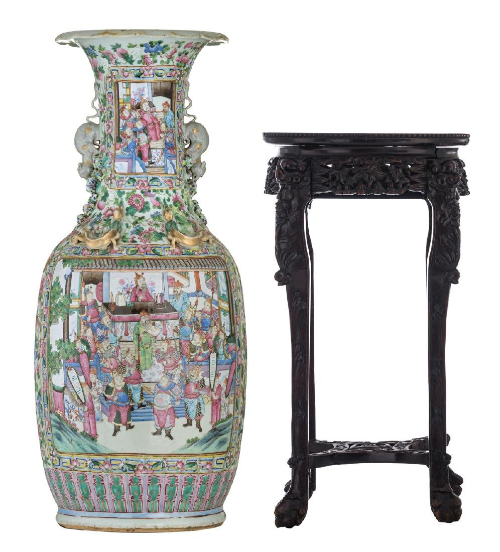 A large Chinese famille rose vase, decorated with court