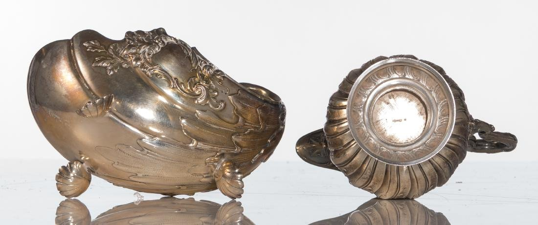 A German silver Rococo style shell shaped sauce boat, - 5