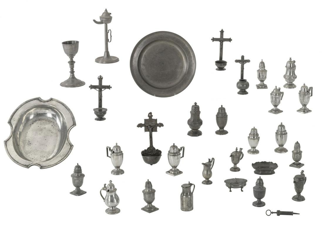 A various lot of pewter items consisting of casters,