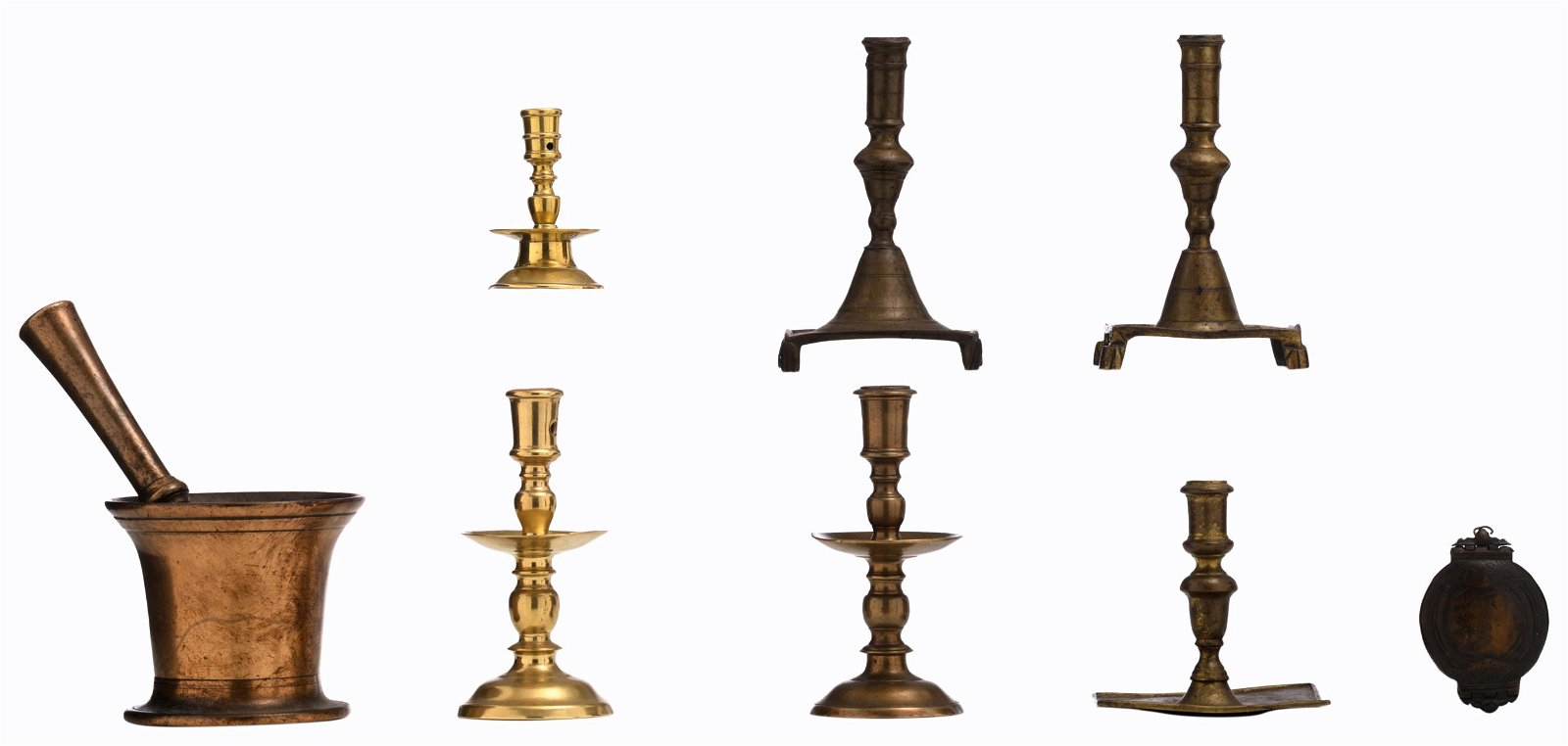 A lot of 17thC bronze items, consisting of three collar