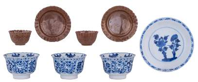 A collection of Chinese Kangxi period porcelain teacups