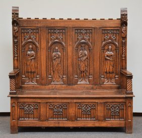 A Gothic Revival Style Oak Hallbank, h 145 - W 140,5 -