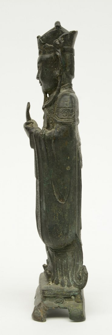 A Chinese bronze figure depicting a dignitary, probably - 2