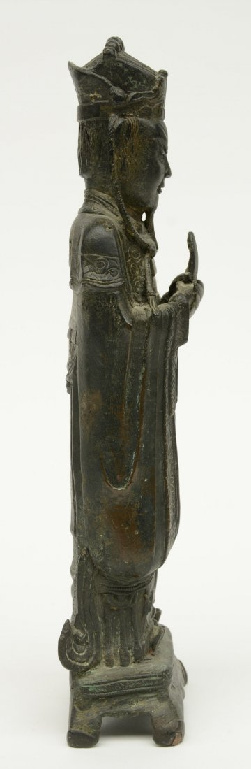 A Chinese bronze figure depicting a dignitary, probably - 4