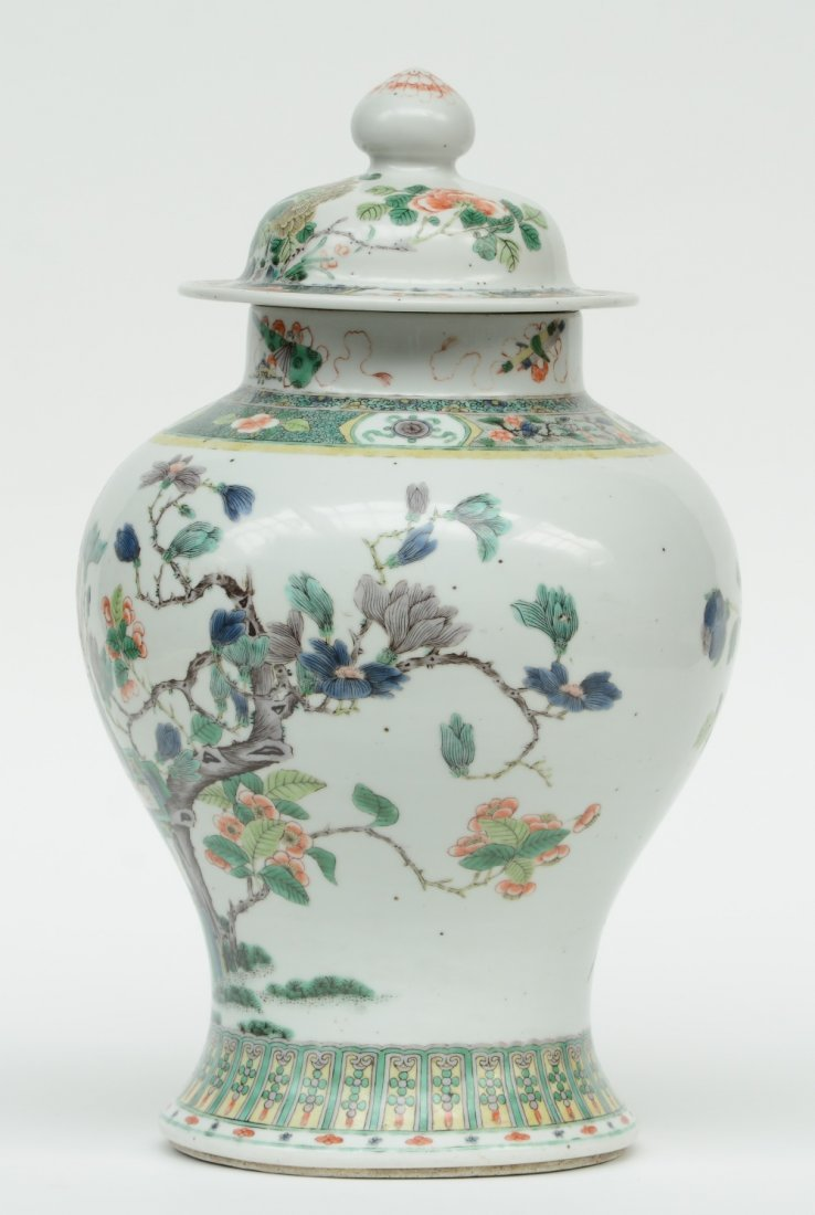 A Chinese famille verte vase and cover, overall - 2