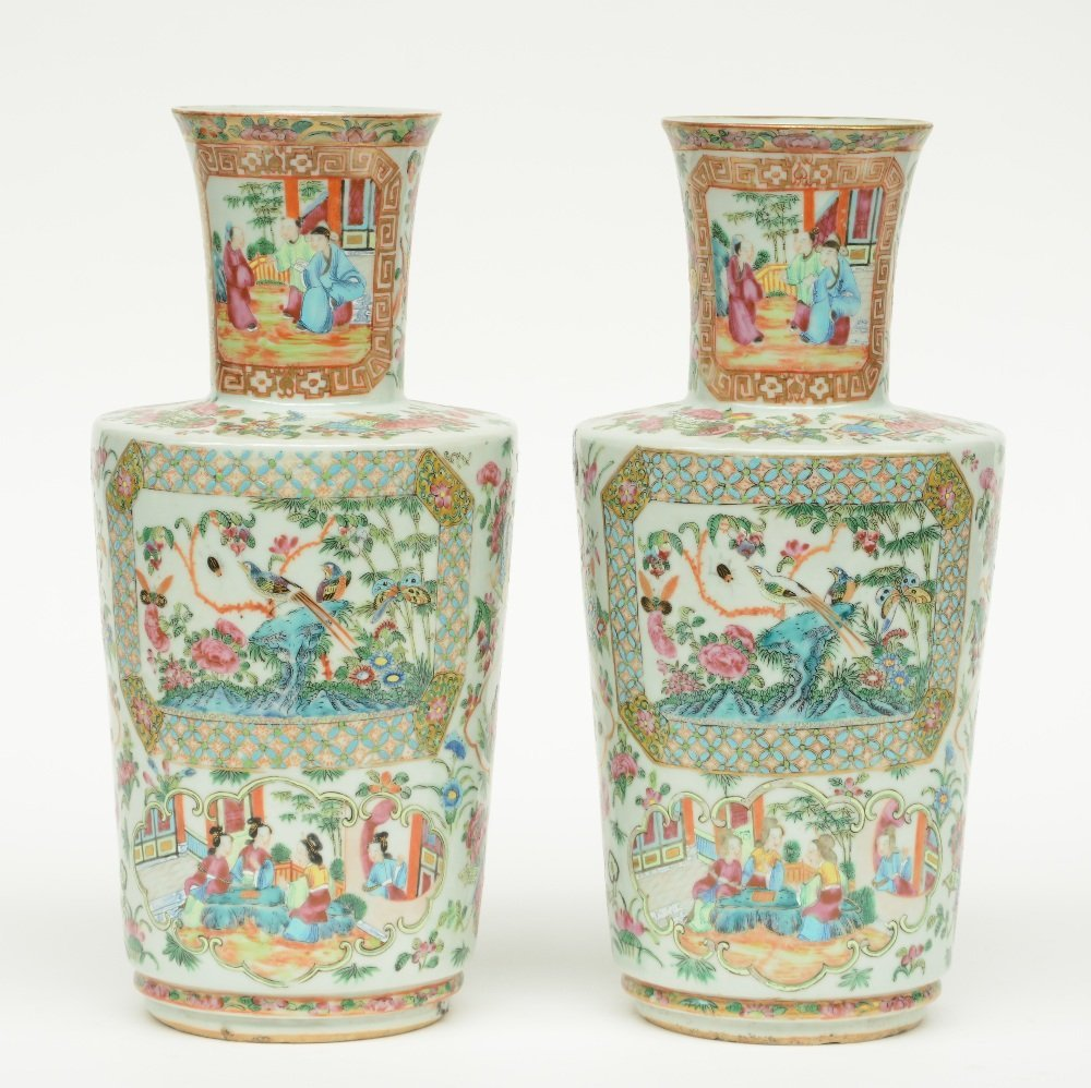 A pair of Chinese Canton famille rose vase, the panels