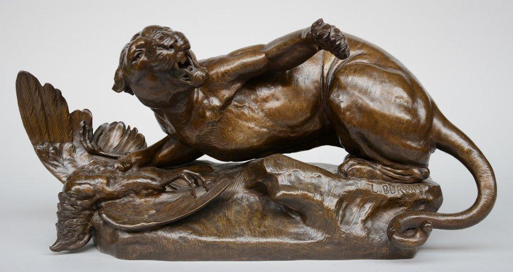 Bureau L., lioness and her kill, bronze, 19thC, H 31 -
