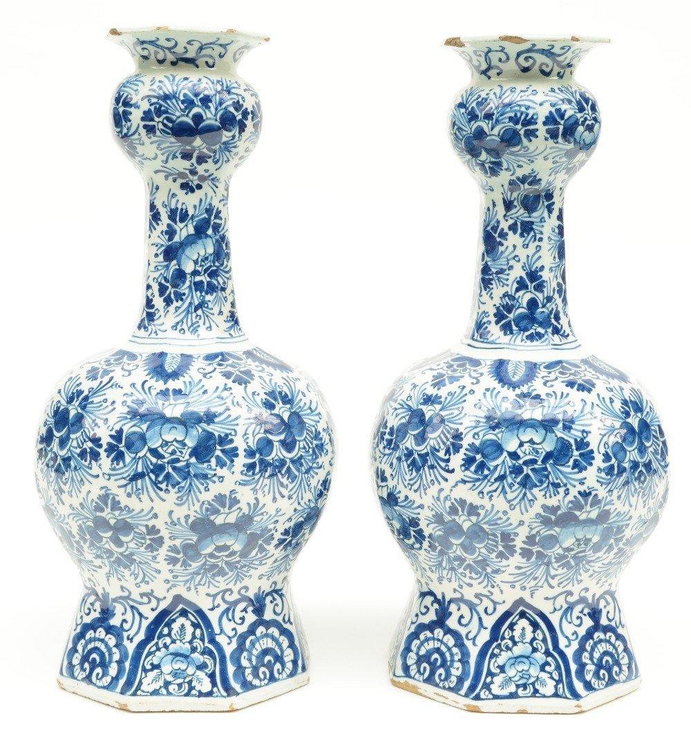 Two blue and white decorated Dutch Delftware octogonal
