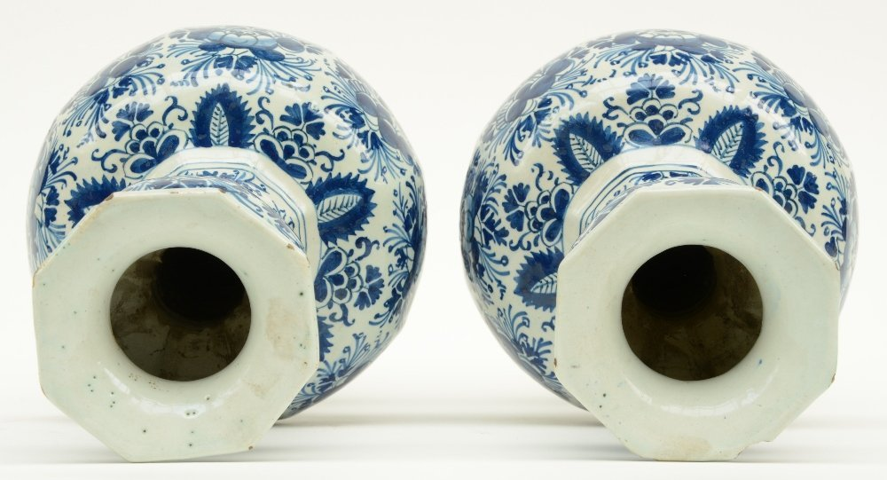 Two blue and white decorated Dutch Delftware octogonal - 5