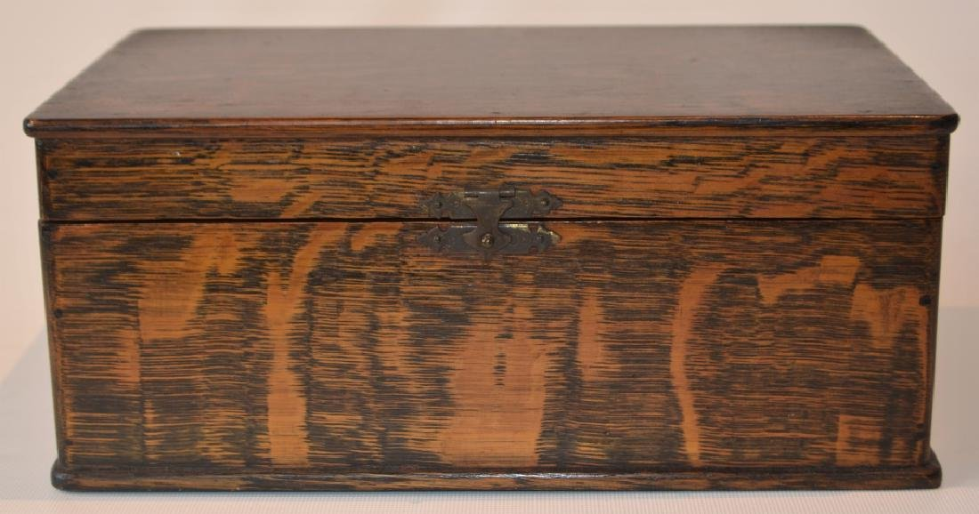 Antique Quarter Sawn Oak Dresser Box - 2