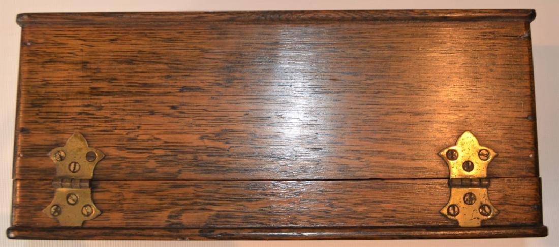 Antique Quarter Sawn Oak Dresser Box - 4