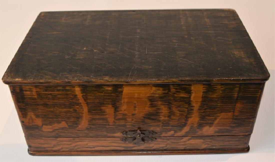 Antique Quarter Sawn Oak Dresser Box - 5