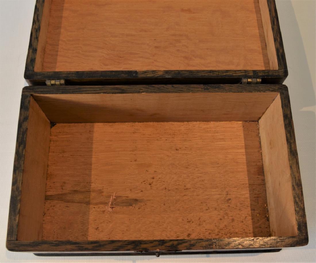 Antique Quarter Sawn Oak Dresser Box - 7