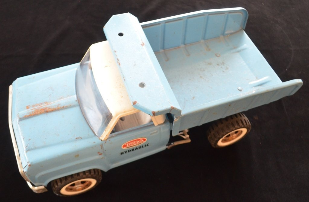 1960s Tonka Hydraulic Dump Truck - 2