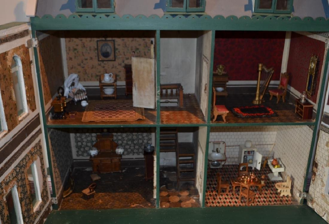 Early 1900's Dollhouse with Furniture
