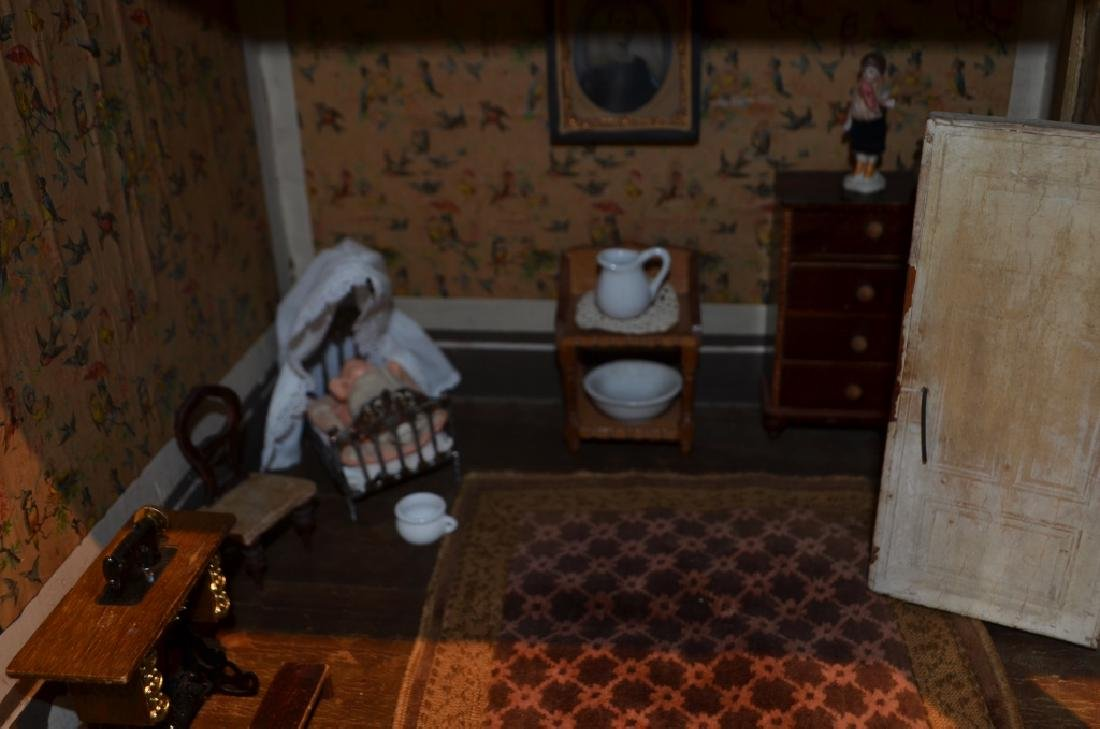 Early 1900's Dollhouse with Furniture - 4