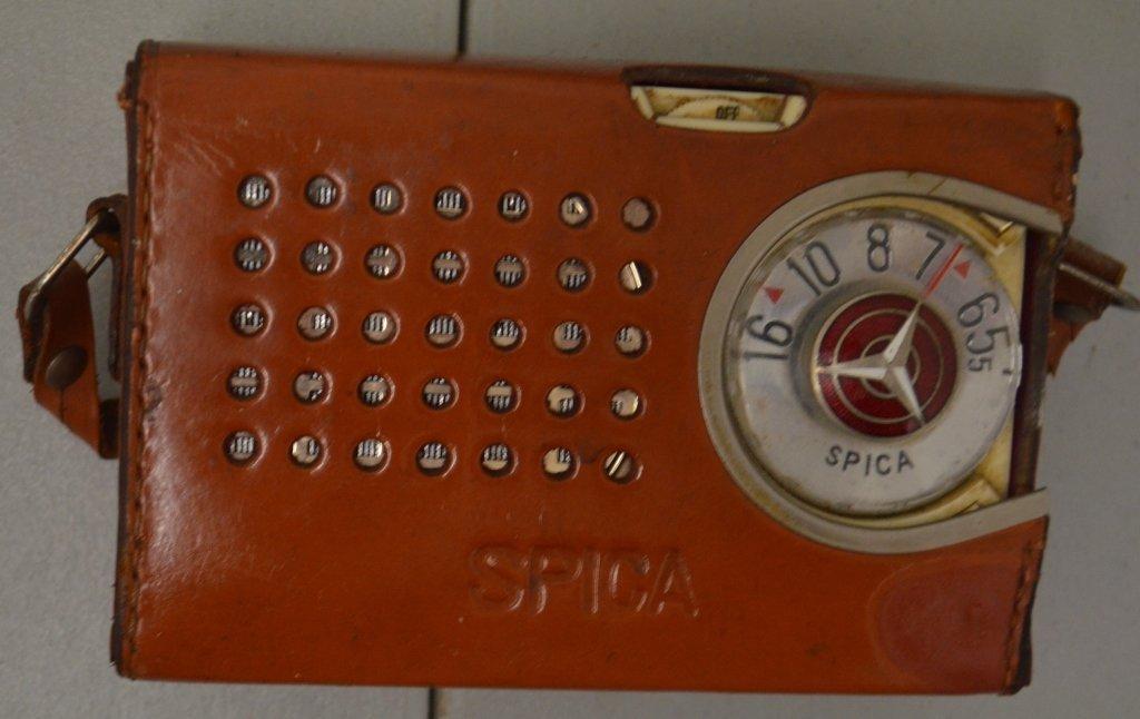 Vintage Spica Transistor Radio