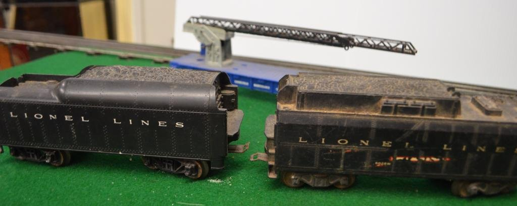 Lionel Lot of 4 Tender and Freight Cars