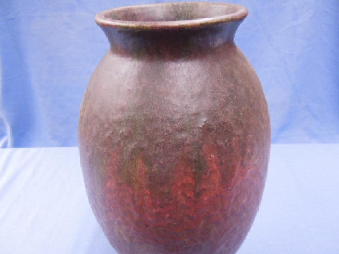Roseville Pottery Co. Carnelian II Vase - 7