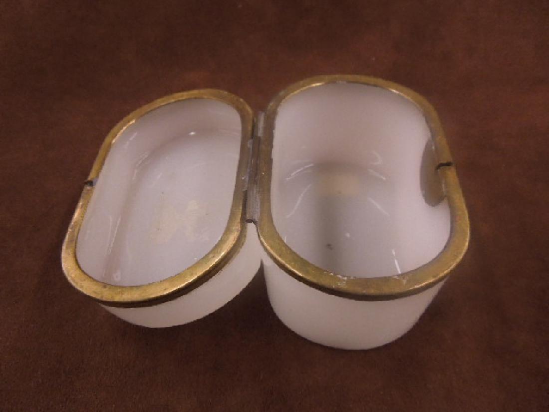 French Opaline Glass Jewelry Casket - 2