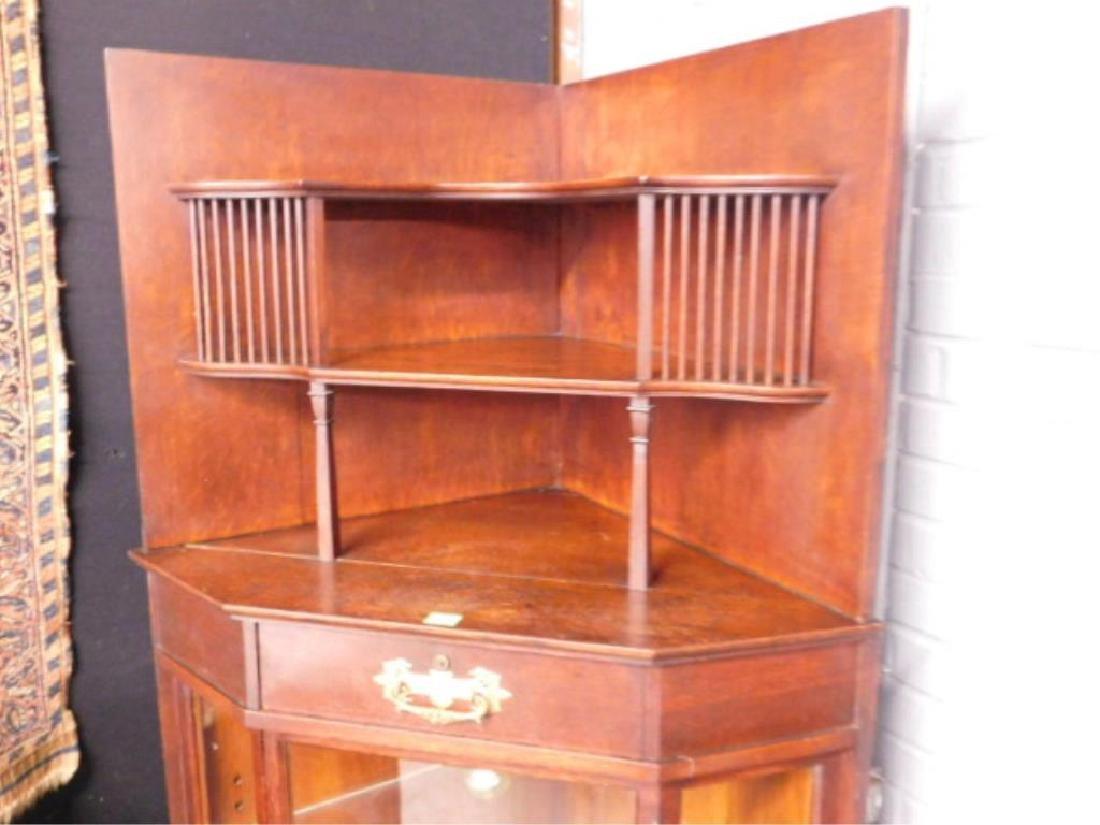 Late Victorian Oak Corner Vitrine - 2