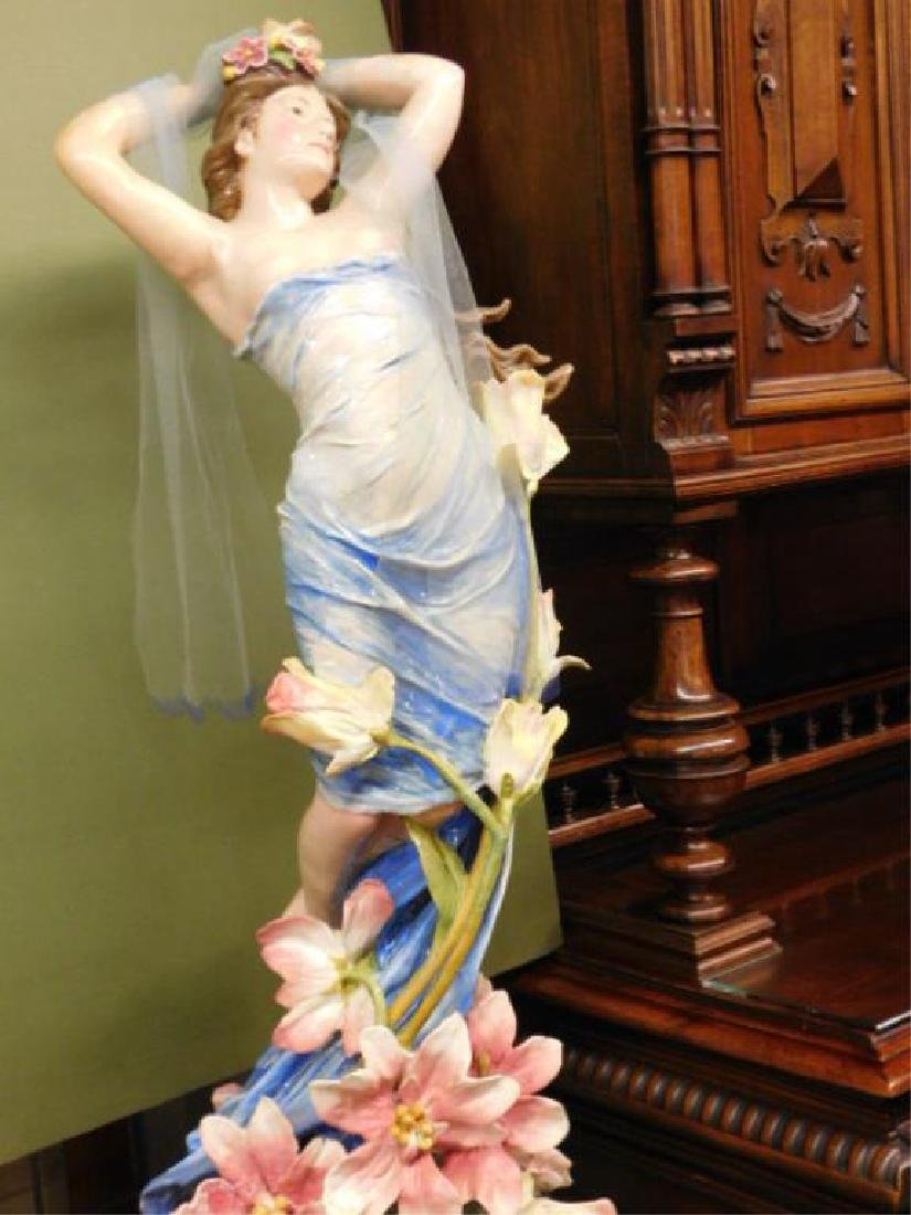Italian Pottery Female Figure on Pedestal - 2