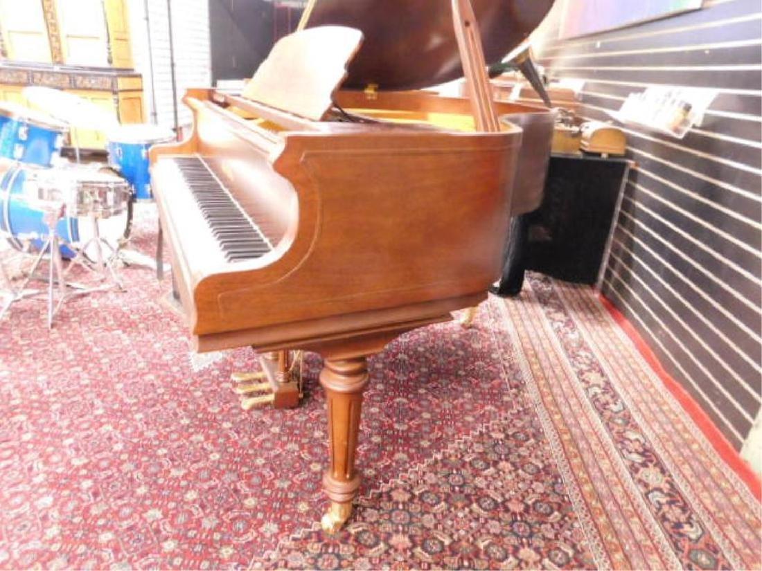 Pearl River Mahogany Baby Grand Piano - 4