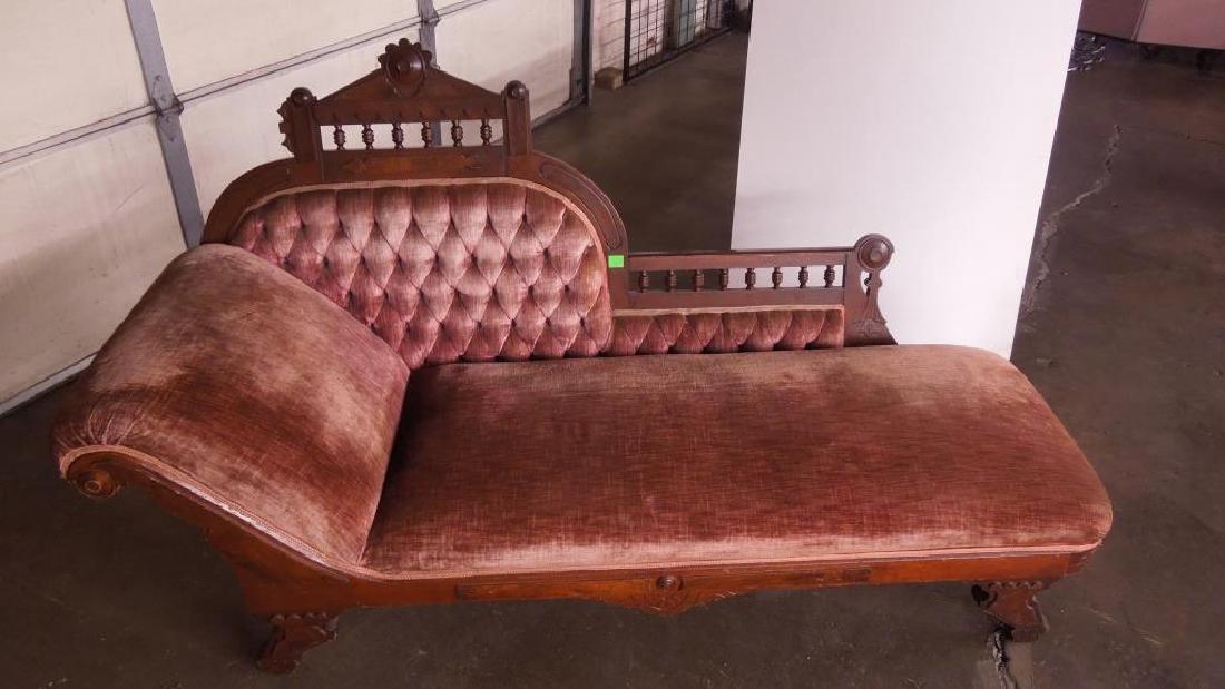 Eastlake Victorian Chase Lounge