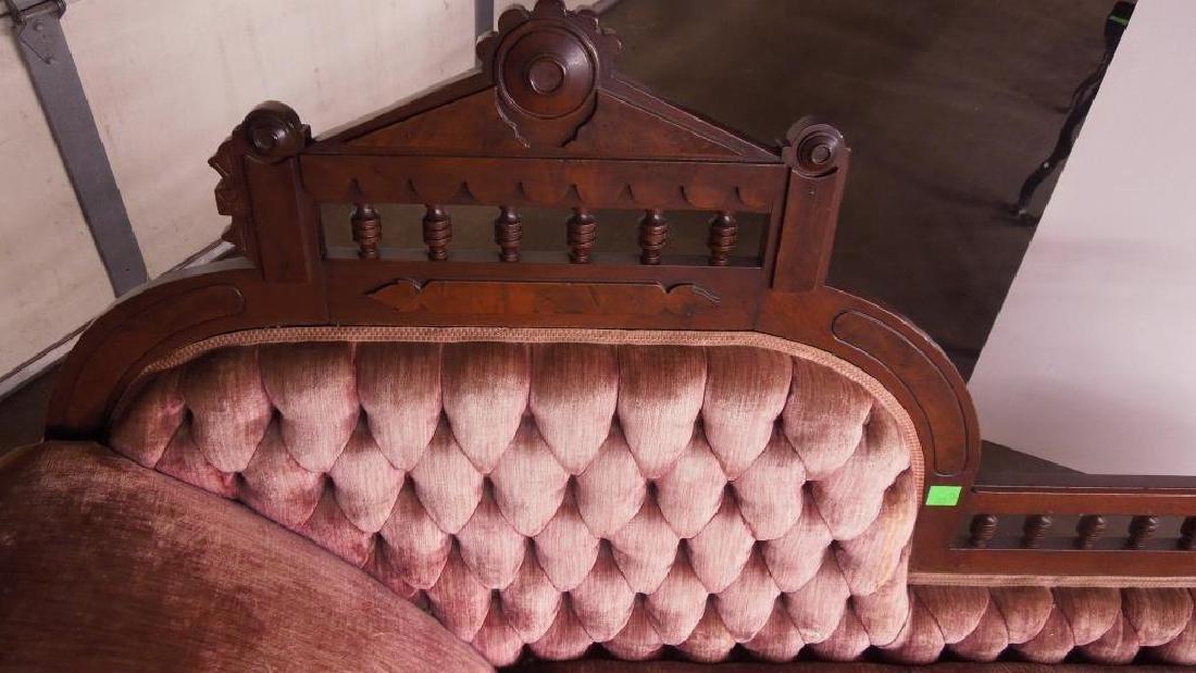 Eastlake Victorian Chase Lounge - 2