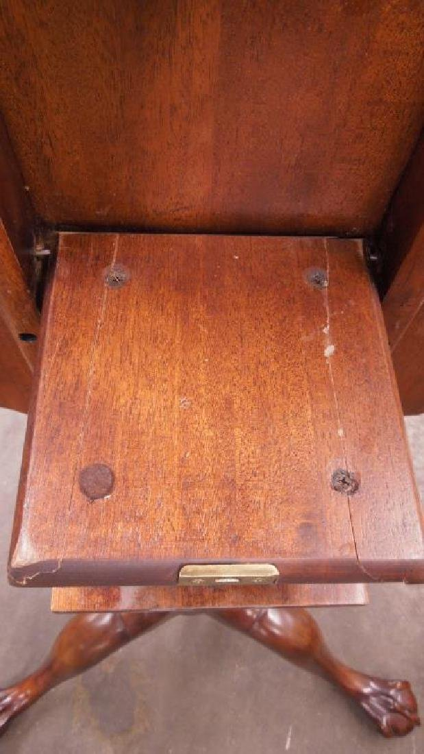 Pair Henredon Mahogany Tilt Top Tables - 6