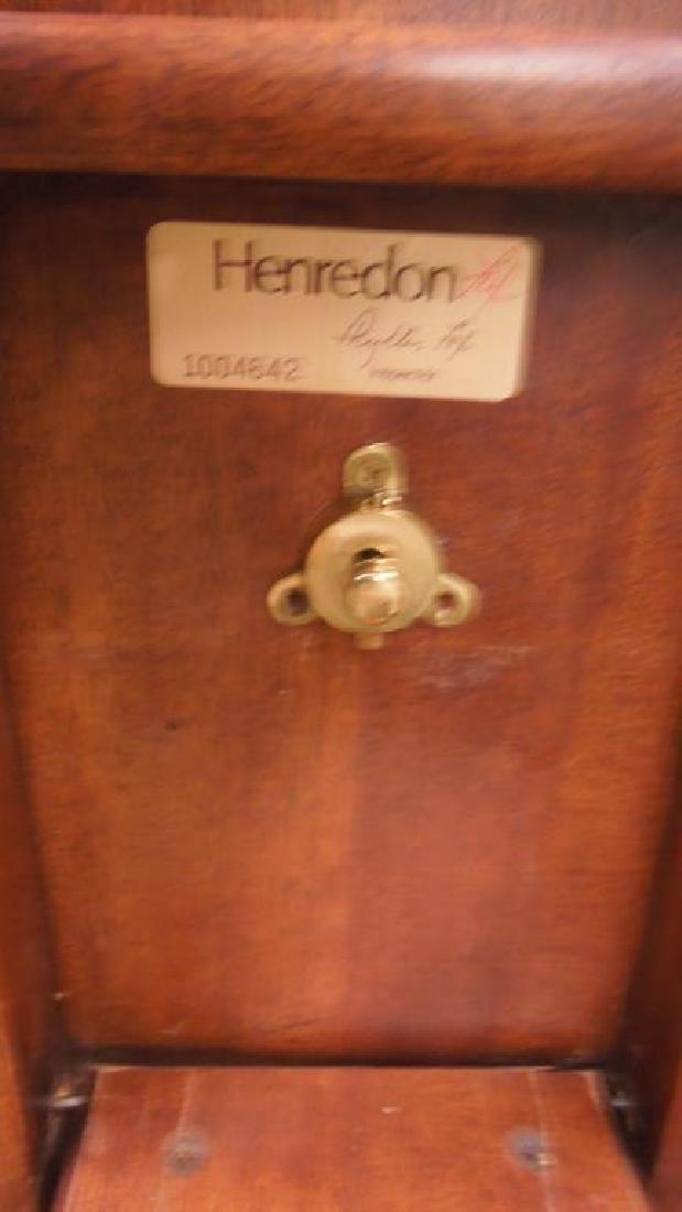Pair Henredon Mahogany Tilt Top Tables - 7