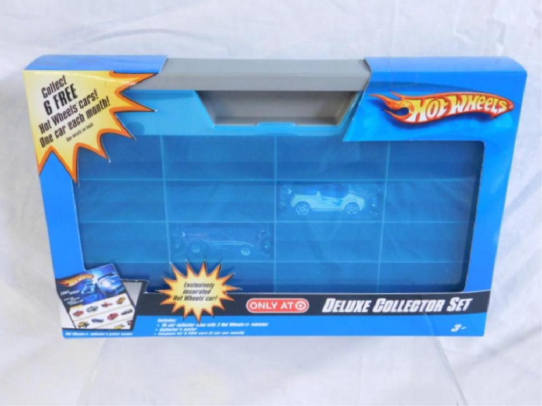 Hot Wheels Collector Case w/Vehicles
