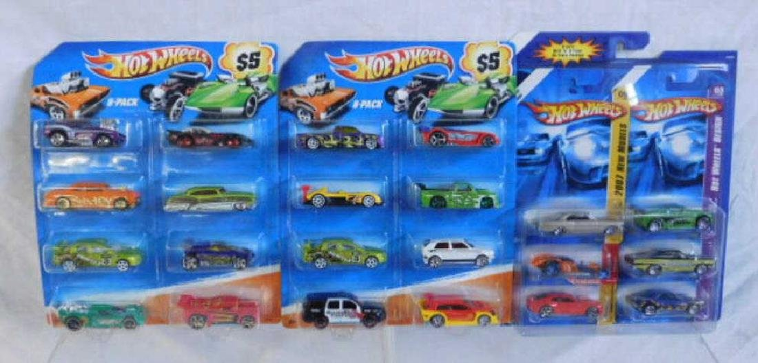 Hot Wheels 6 & 8 Car Gift Packs