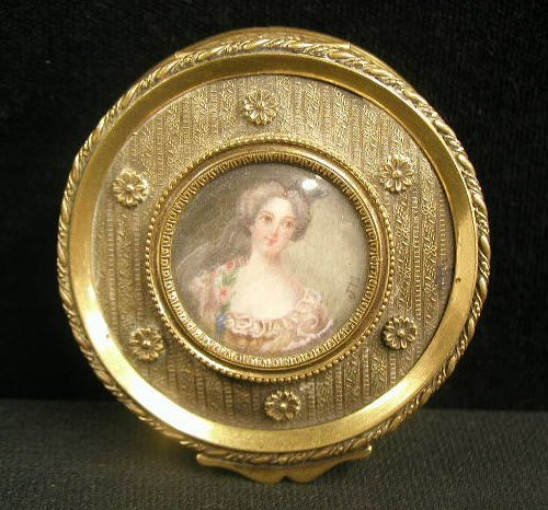 2020: French Painting on Ivory Dresser Box