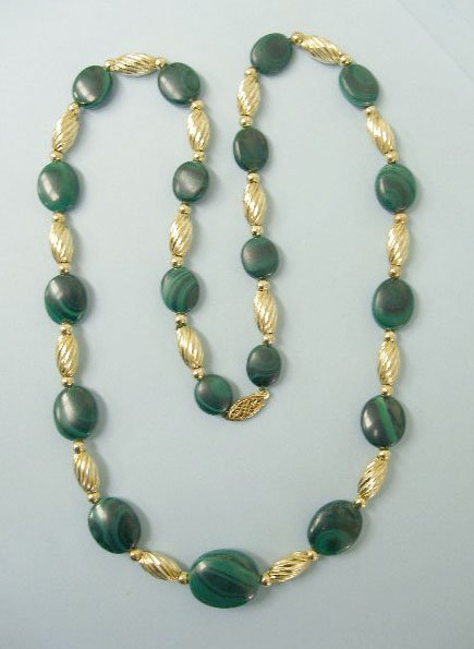 3006: Necklace in 14k gold