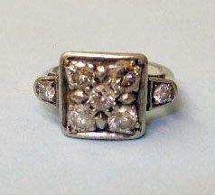 3052: 14k white gold ring
