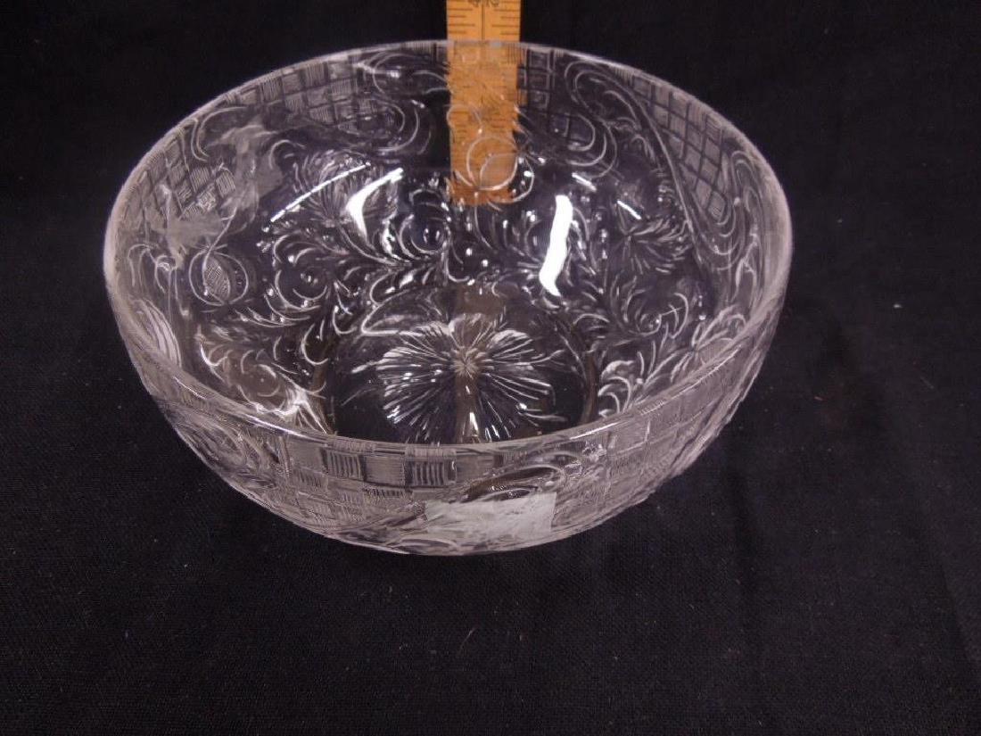 Intaglio Cut Crystal Glass Bowl