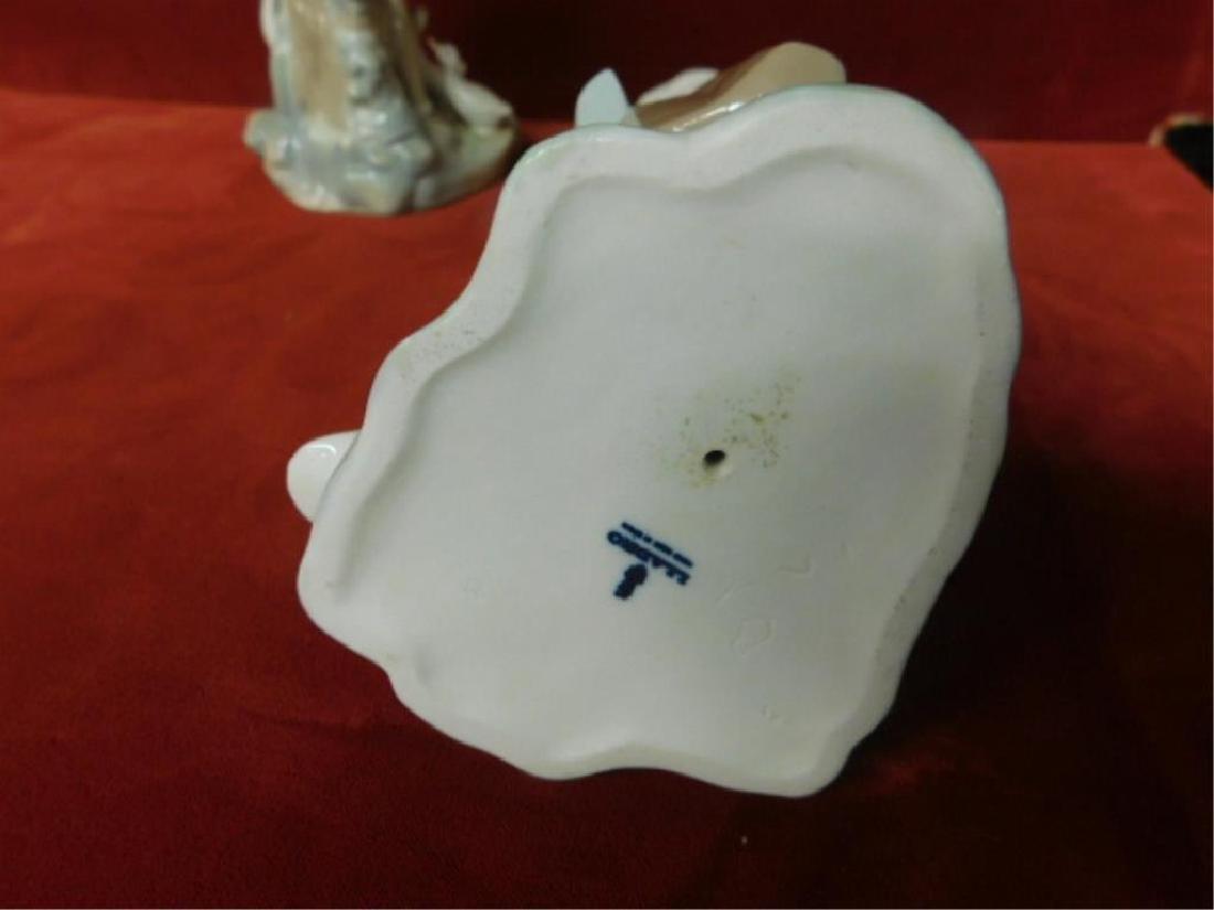 2 Lladro Porcelain Children Figures - 3