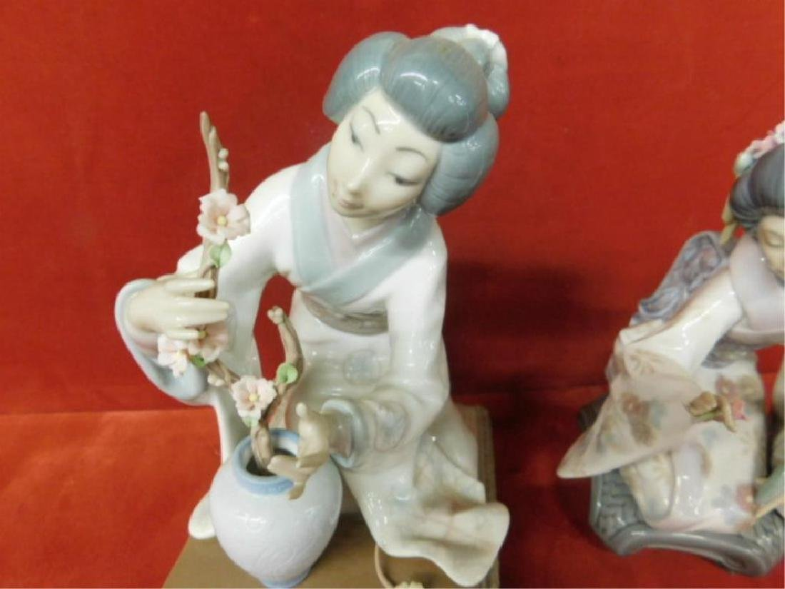 2 Lladro Porcelain Asian Figures - 2