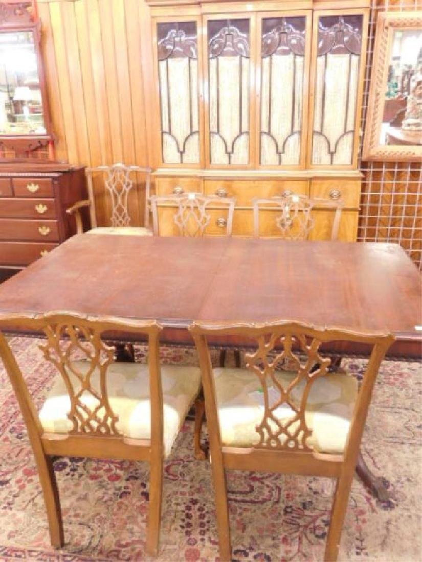 8 Pc Mahogany Dining Room Set