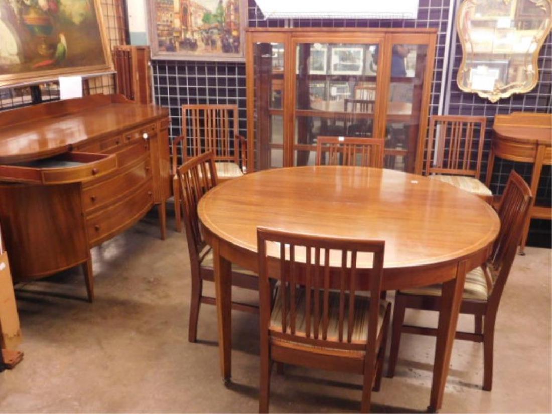 Hepplewhite Style 10 Pc Dining Room Set