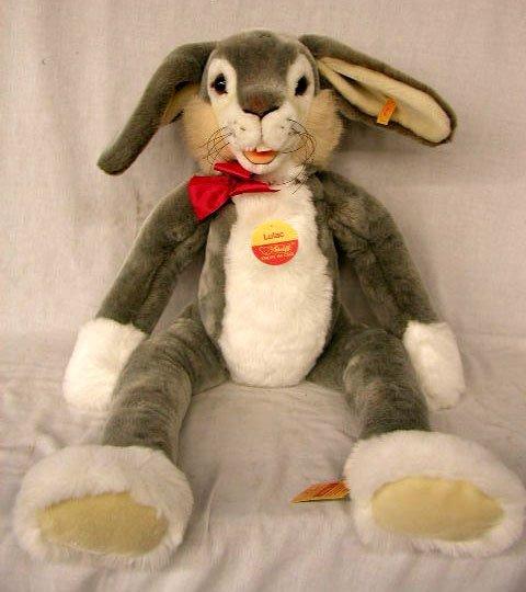 "1022: Steiff 26"" Lulac Rabbit"