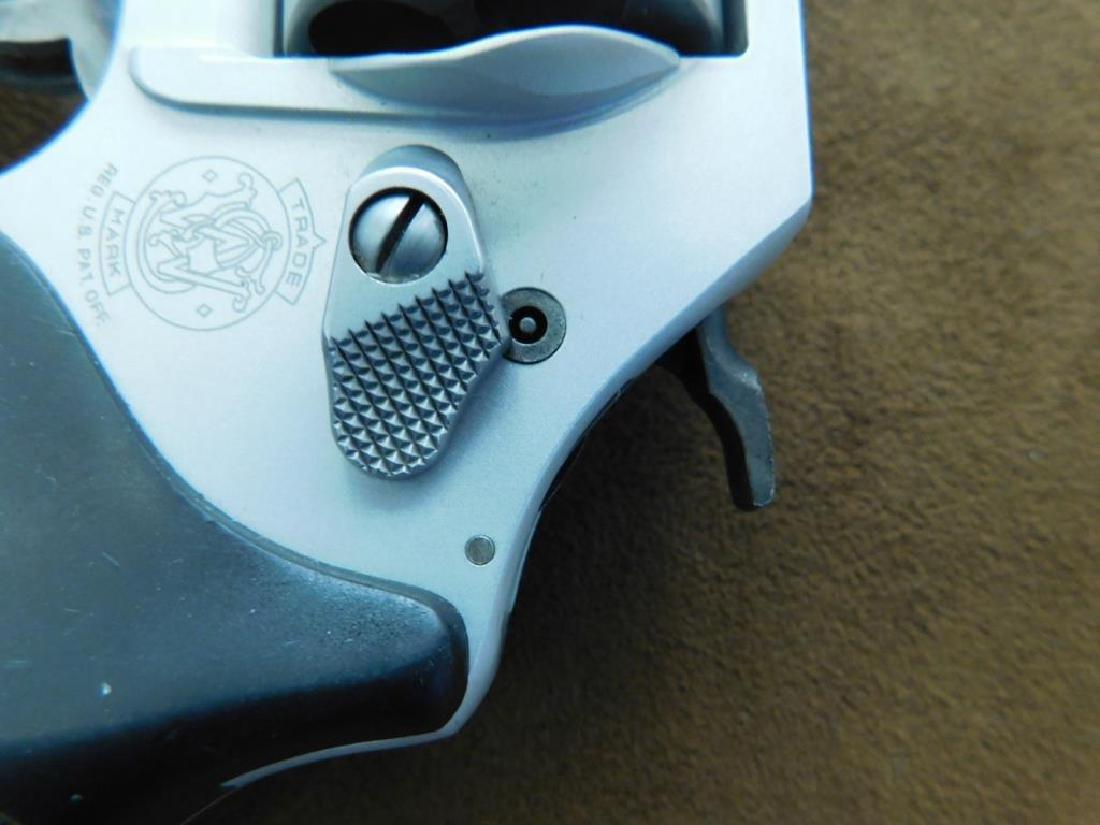 Smith & Wesson .38 SPL + P Revolver - 10