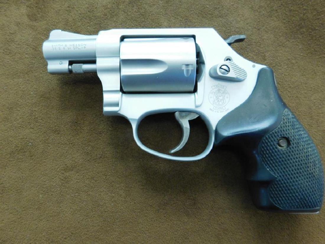 Smith & Wesson .38 SPL + P Revolver - 8